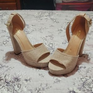 Newish nude platform heels